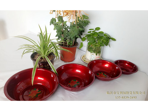 Plastic color pots